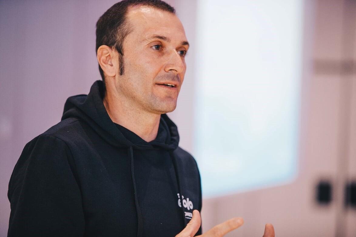 Coltivare giovanitalenti,l'amore per ilterritorio el'entusiasmo pernuove sfide: Ivan Basso si racconta.